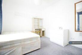 2 bedroom flat in Arlington Road, London, NW1 (2 bed) (#1171756)