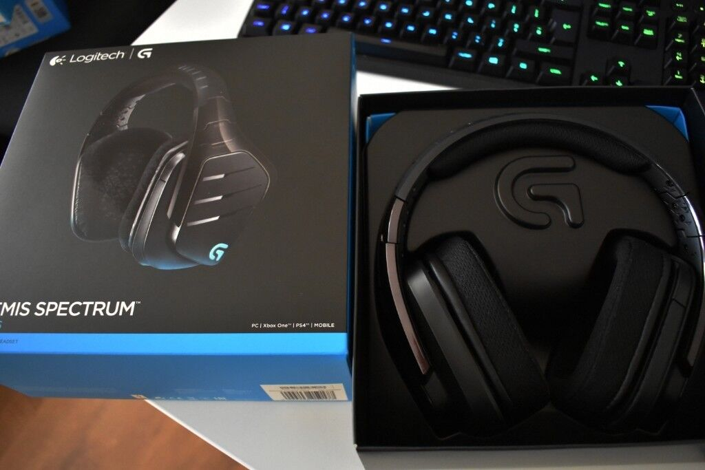 Like New Logitech G933 Wireless Gaming Headset For Pc Xbox One