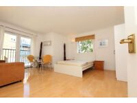 BEAUTIFUL SINGLE, DOUBLE and EN-SUITE rooms available in ALL EAST LONDON. ALL BILLS INCLUDED