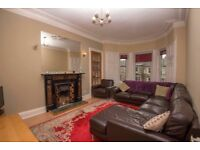 Edinburgh Festival Let: 5 Bedrooms, Optional extra Beds, Beautiful City Center Apartment