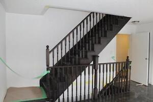 BRAMPTON Large 2 and new 3 bed townhouses with basement Oct 01/1