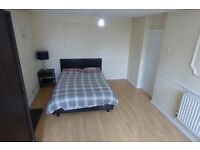 Stunningly Presented Large Room With Balcony / All Bills Inc / Poplar ZONE 2 / Great Transport Links