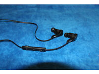 Bluetooth headset/hands free excellent for sports 10m operational range