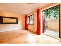 ~~~MUST SEE!! End of Terrace Modern House Set in the Sought After Wellington Mews~~~