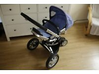Quinny Buzz Pram Stroller with two Seat Liners and Footmuff