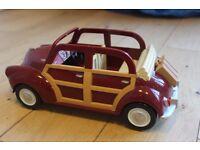 Sylvanian Families - Red car