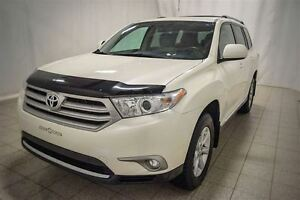 2013 Toyota Highlander AWD, 7 Passagers, Roues en Alliage, vitre
