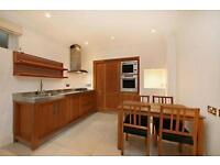 1 bedroom flat in Greencroft Gardens, South Hampstead