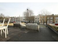 Recently refurbished 2 double bedroom flat w/ no lounge in Islington N1