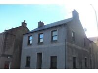 2 bedroom flat for rent, off-street parking for 1 car, Blairgowrie town centre