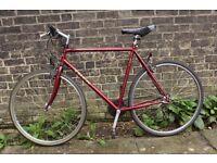 Trek Multitrack 720- Mountain Bike/Hybrid Cycle-21 Shimano Gears-Cambridge Bicycle