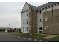 Two Bed, two bathroom flat with sea views on private gated site