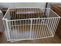 Baby Dan - play pen with additional panels