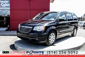 2014 Chrysler Town & Country Touring-CUIR