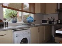 Charming selection of single and double rooms to rent in Bromley located on Woodbank Road.