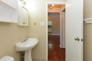 1 Bedroom Available February 1st - MOVE IN BONUS Stratford Kitchener Area image 5