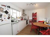 GOOD QUALITY THREE DOUBLE BEDROOM (NO LOUNGE) IN EXCELLENT LOCATION