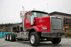 2015 Western Star 4900SA Tri-Drive with Double Frame