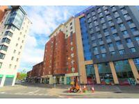 Spacious 2 bedroom Apartment - Belfast City Centre