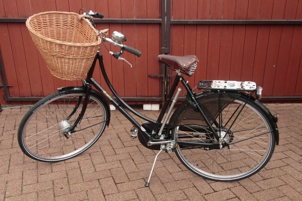 170c3375d65 Pashley Princess Sovereign Black Ladies Bicycle with basket (20