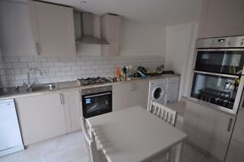 NEW 5 BEDROOM HOUSE LAID OUT OVER 3 FLOORS WITH 3 BATHROOMS ZONE 2 JUBILEE LINE - WEEKEND VIEWING