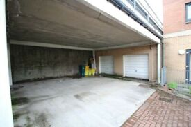 Car Parking Space in Yorhill. Glasgow
