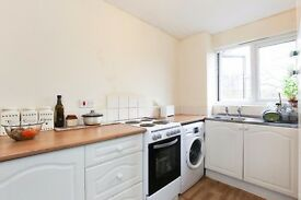 Very spacious two bedroom flat to rent in Deptford