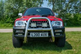 MITSUBISHI L200 ANIMAL 4X4 PICKUP TRUCK CUSTOM PAINT JOB