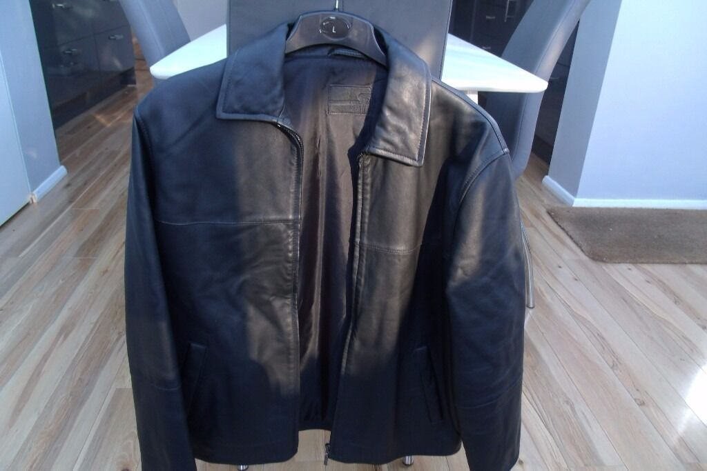 """black leather jacket medium 38 40in Shoreham by Sea, West SussexGumtree - as new black leather jacket medium 38 40"""". marks and spencer very good condition black lining"""