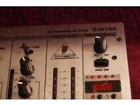 Behringer DJX 700 mixer