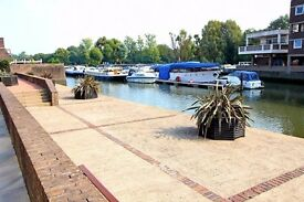 2 bedroom Flat to Rent in Brentford Dock Near High Street TW8