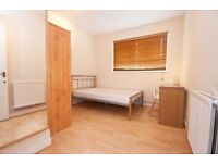 Beautiful large double room available near Elephant & Castle