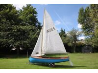 Albacore Sailing Dinghy with sails and trailers in excellent condition.
