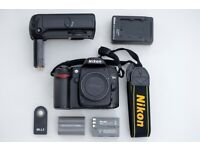 Used DSLR Nikon d80 - body with grip and extra battery - Low shutter count!