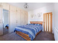 Stunning 2 Bed 1 Bath apartment, Private Garden, South Wimbledon, SW19