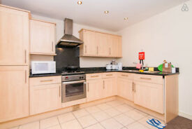 Holiday flat, Great location. Big one bedroom flat, can take 7 people, just ask. Starts from £50p/d