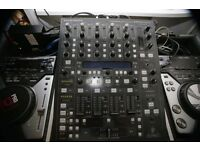Behringer DDM 4000 Mixer