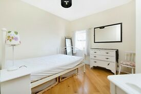 Fantastic 4 double bedroom 2 bathroom house in the great location!!!!