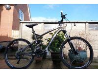 "2013 Trek Fuel EX6 Mountain Bike - Large 19"" Frame 30 speeds Full Suspension"