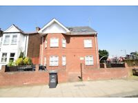 A MODERN ONE BEDROOM top floor flat located within minutes' walk of North Finchley High Road.