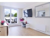 Amazing 3 bed 3 bath flat in zone 2 moments from Ravenscourt Park and Hammersmith station