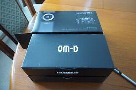 Olympus OM-D EM10 Grip Kit