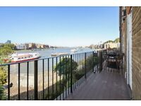 **Newly Renovated 4 Bedroom Town House on The River Front