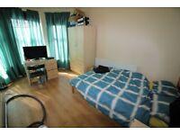 Large room in University Area, suit short term rental!!