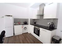 luxury and large 2 double bedroom apartment 3mins to Romford station