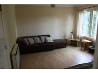 Modern 2 Bed second floor flat, Elec Heating, Dble Glazed, Furnished or Part Furnished £500pcm