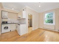 STUNNING 1BEDROOM PROPERTY LOCATED IN LEWISHAM PERIOD CONVERTION WOODEN FLOORING THROUGHOUT