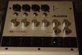 ALESIS FIRE WIRE i0/14/MIDI OUT IN/2 MIC IN POWER CABLE INCLUDED