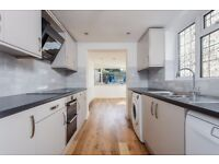 Double rooms available in a 5 bedroom house - immaculately presented in central Brighton