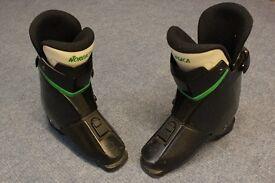 Ski Boots Nordica N975 Ladies size 6.5